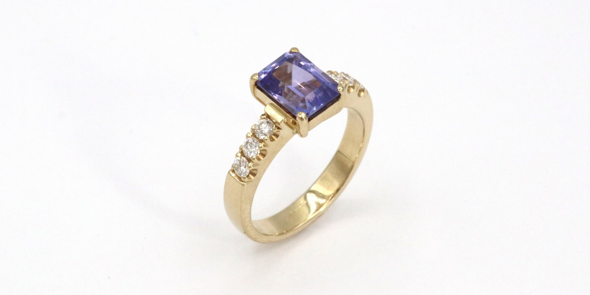 id592.Iolit.Ring.Goldschmiede.Mace.2000×1000