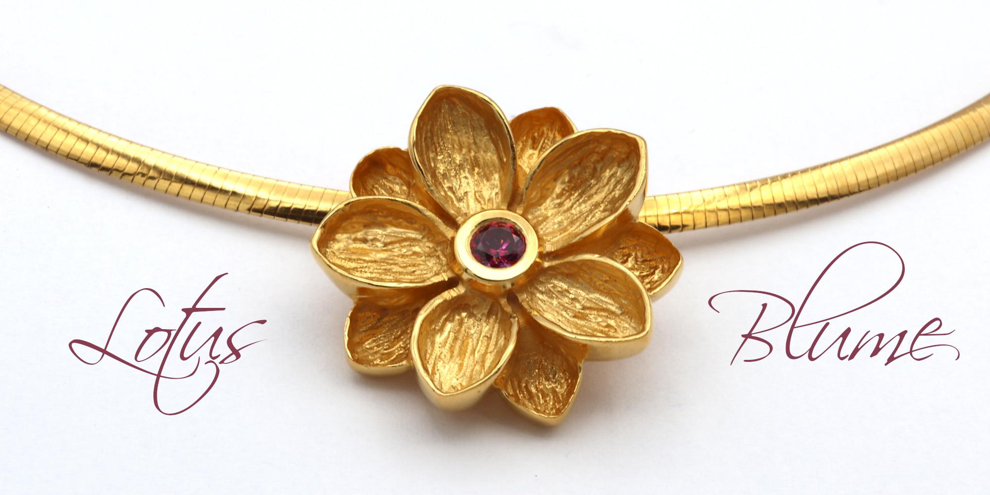 id625 Lotusblume Silber vergoldet mit Rubin Goldschmiede Mace