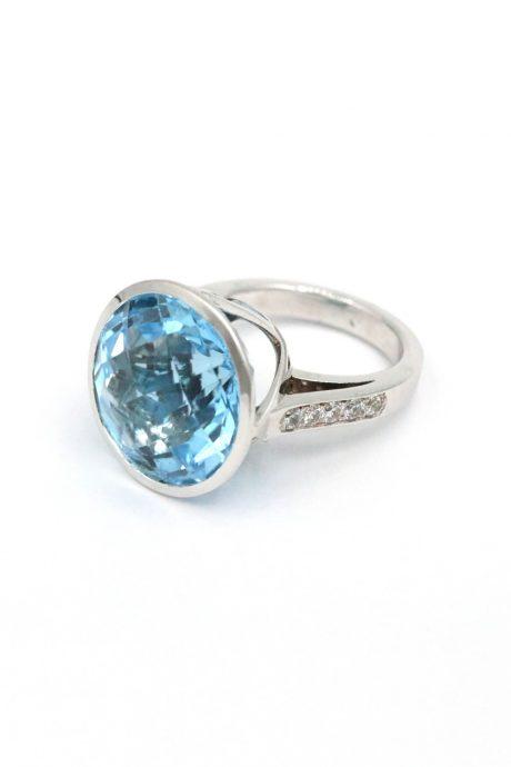 id602 Blau Topas Ring Goldschmiede Mace